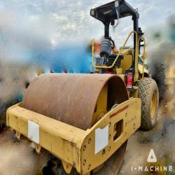 Road Machines CATERPILLAR CS563E Vibration Roller SINGAPORE, SINGAPORE