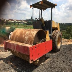 Road Machines DYNAPAC CA251D Roller MALAYSIA, JOHOR
